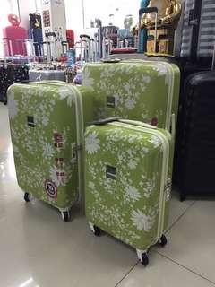 阿豪 荷蘭 Suitsuit 品牌 碎花 全新 行李箱
