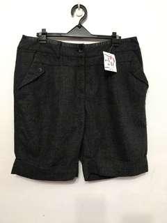 毛料短褲  XL