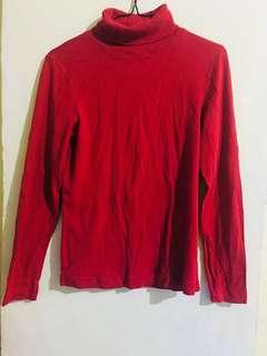 Red sweat shirt