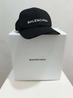 🆕👱‍♂️👱‍♀️🎉🛍 SALE!! Authentic BALENCIAGA Cap (Promotion ends 31/3/18)