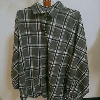 韓國的 可以當外套或衣服穿過一次          原價490