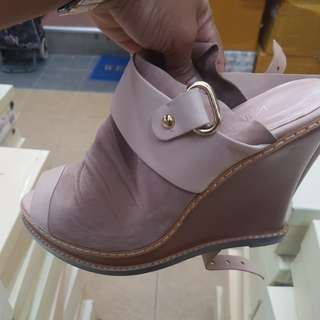Soft genuine leather sandals