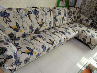 Strecheable  sofa cover