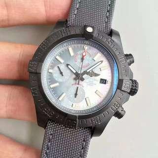 環亞  Breitling USA military avenger II carbon fiber 百年靈復仇者 面交