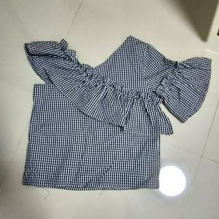 Off Shoulder checkered Top