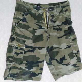 Army Cargo Shorts size 31-32