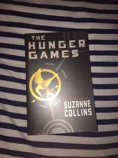 novel the hunger games 1!! asli import