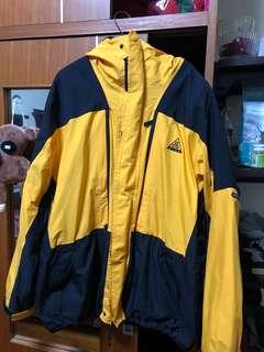 🚚 Nike acg 老品外套 黃色 m 號