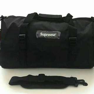 Supreme Duffle Travel bag