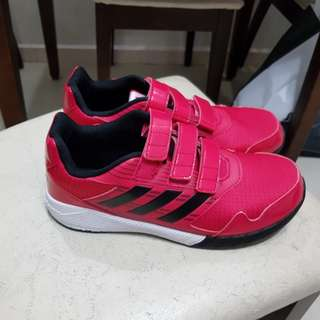 Kids - Adidas shoe size US 6.5