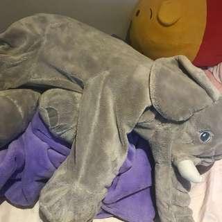 Ikea大象