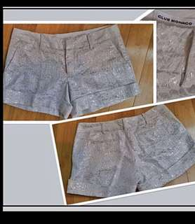 JUST REDUCED!!!!NEW ORGEOUS CLUB MONACO SILVER AND WHITE SHORTS  Size 10