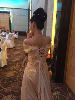 gown used once only kakabili ko lng