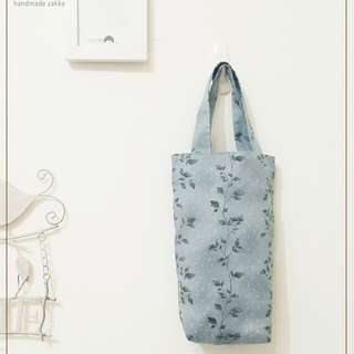 秋意氣息優雅葉子手提環保水壺袋(灰藍色1入) 手作手提袋(基本款)飲料袋 【2595】冰霸杯可用