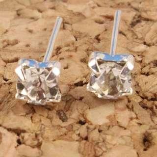 (現貨)鑽石耳環