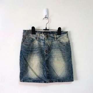 純棉水洗刷色牛仔短裙