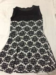 Dress (fits small to medium)