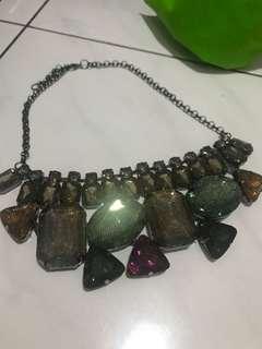 Boldy necklace