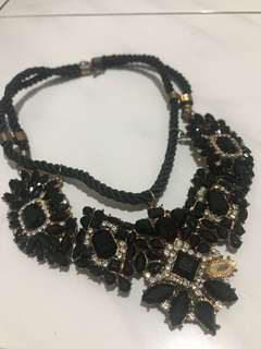 Rhena necklace