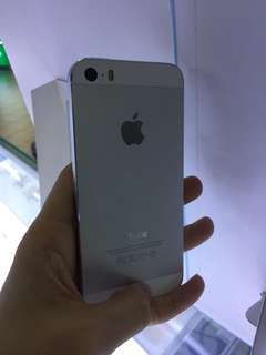 [SECOND] - Apple iPhone5S 64GB Silver Condition 100% LL Set