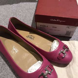 Authentic Ferragamo hot pink flat PABLA size 6 1/2M