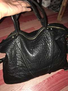 Ladies sling bag breal bag nice in actual pm me for more info