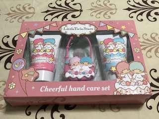 BNIB little twin stars cheerful hand care set