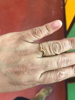 Ring with diamond 1.8 grams