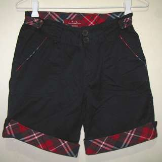 -20% E.L. American Campus Black Shorts with Plaid Trimmings