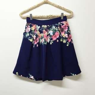 泰國帶回 質感花朵打摺圓裙 #換季五折