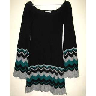 🐍One's B Black Knitted Dress with Bell Sleeves