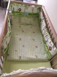 Baby Cot & bedding set preloved