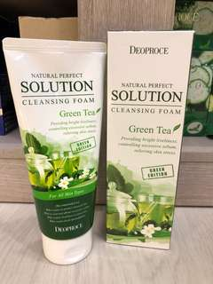 Deoproce Natural Perfect Solution Cleansing Foam Green Tea 170g