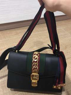 Instock Gucci sylvie mini shoulder bag black