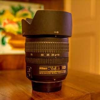 Nikon AF-S DX Nikkor 18-70mm f3.5-5.6 IF