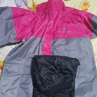 Raincoat foodpanda size L