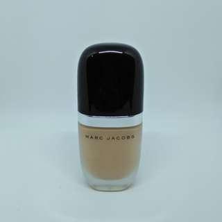 Marc Jacobs Beauty Foundation Genius Gel