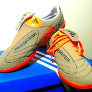 Sepatu Futsal Predator