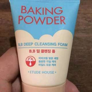 ETUDE HOUSE BAKING POWDER B,B CLEANSING FOAM