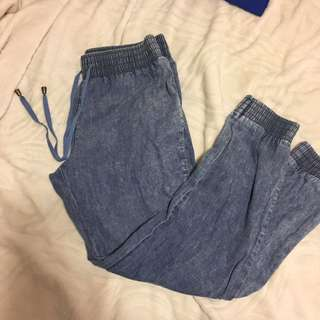 Denim style jogger pant size small