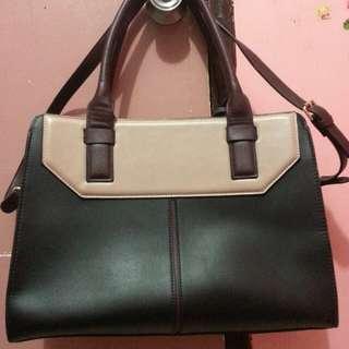 Preloved Handbag with Sling