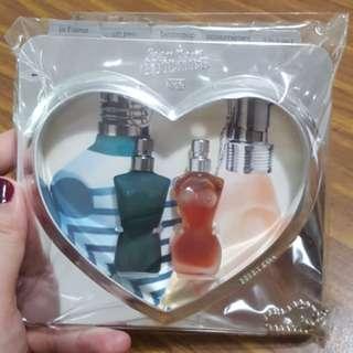 🚚 [BN] Jean Paul Gaultier Parfums Photo Frame set