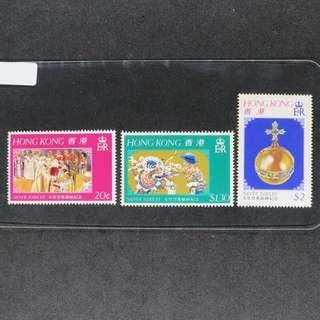 香港1977年女皇登基銀禧紀念一套共3牧 (原膠,MNH)