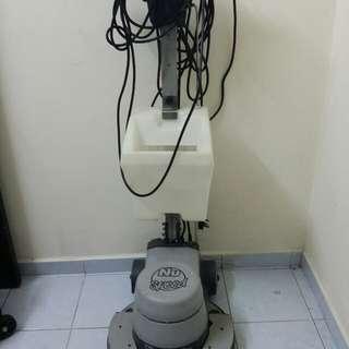 Numatic carpet cleaner polisher