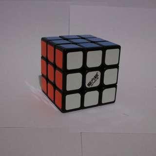 Mo Fang Ge 3x3 speed cube