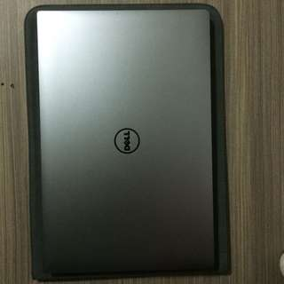 Dell Laptop (Xps15-9560   OS:463GB  RMB: 16GB  4k touch screen)