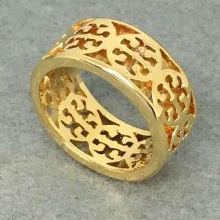 Tory Burch Sample Ring 金色經典logo戒指size US6 直徑1.6 cm