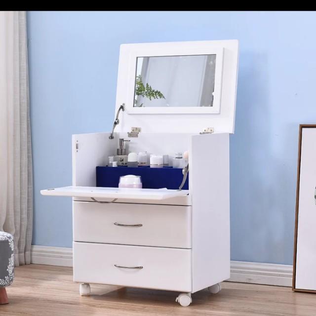 簡約化妝台