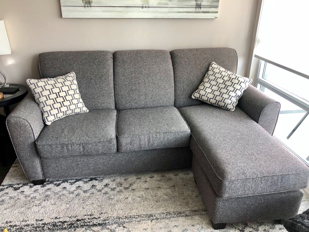 Beautiful Couch for sale!