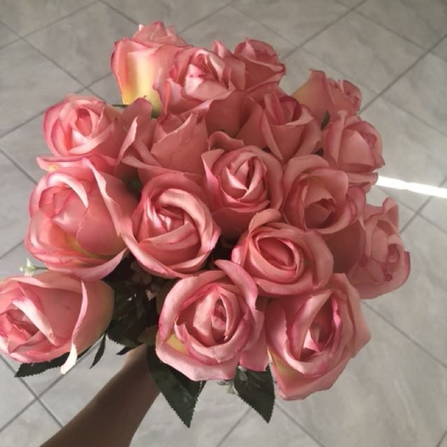 Bunch of artificial silk rose bouquet, Everything Else